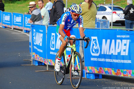 2010 UCI World Championships Melbourne: Italy's Moreno Moser (Francesco Moser's Nephew) breaks away to catch the chase group trio