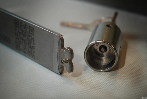 TiGr titanium bike lock cylinder