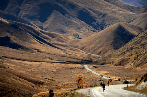 The Tour of New Zealand Lindis Pass Climb