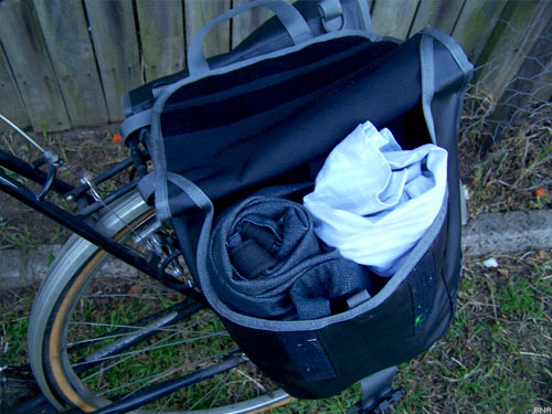 Timbuk2 Travelling Panniers Contents