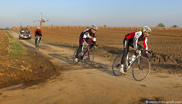 Flandes Cycling Tour Dirt Cobbles