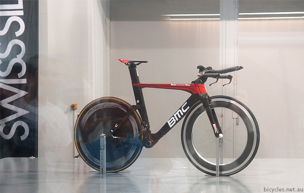 Wind Tunnel Aerodynamic Zipp Comparison