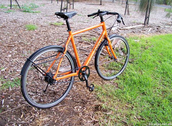 Dutch Trekking Bike Santos
