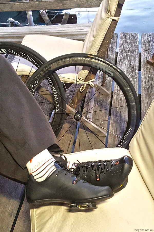 comfortable cycling shoes