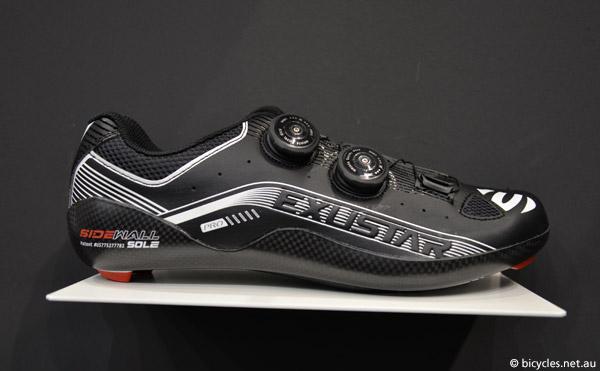 exustar carbon fiber cycling-shoes