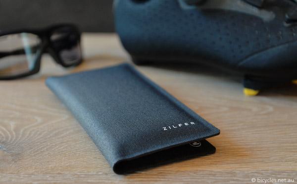 zilfer stylish phone wallet cycling
