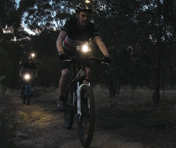 Knog qudos night video light