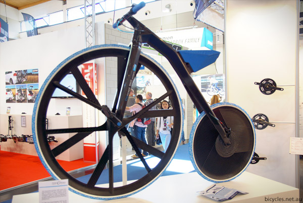 THM Carbones Penny Farthing