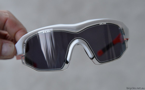 electronic sunglasses