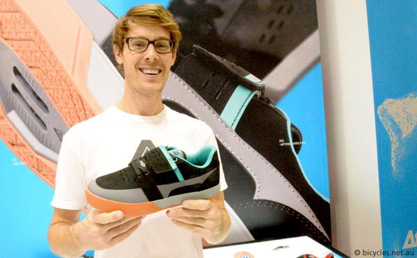 tj founder atton shoes