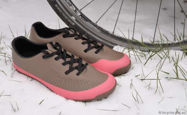 cycle touring shoes