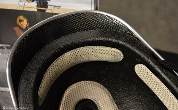 dashel helmet carbon fiber