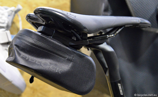 fidlock saddle bag