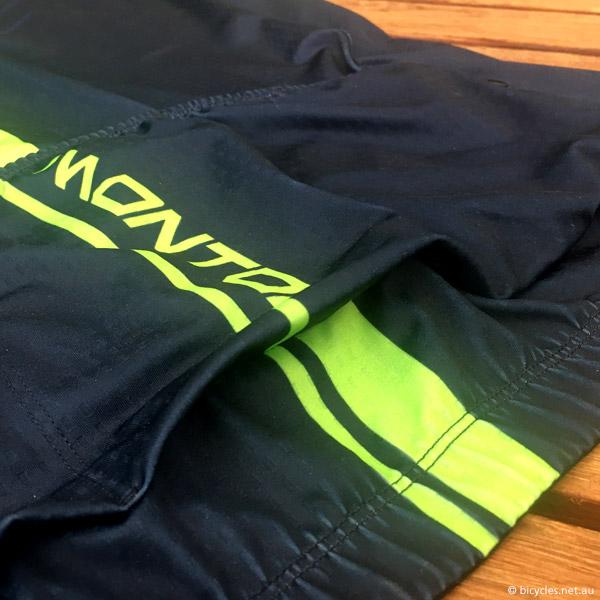 cycling jersey pockets
