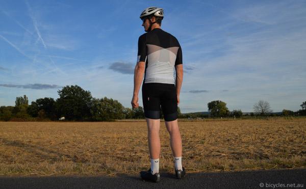 mesh cycling jersey